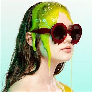 ISO! ISO! Hayley elsaesser slime time sunglasses